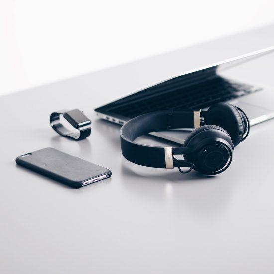 electronics-creative-promotions
